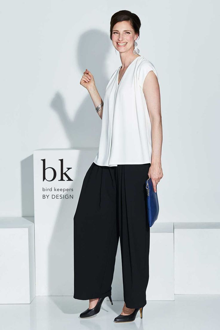 BIRD KEEPERS BY DESIGN - The Folded Front Top