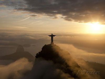 Statue-of-Jesus-known-as-Cristo-Redentor-Christ-the-Redeemer-on-Corcovado