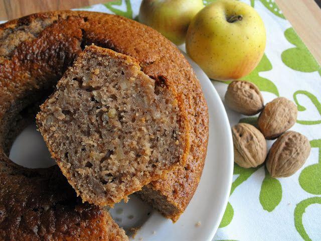 As receitas lá de casa: Bolo de mel com maçã e nozes