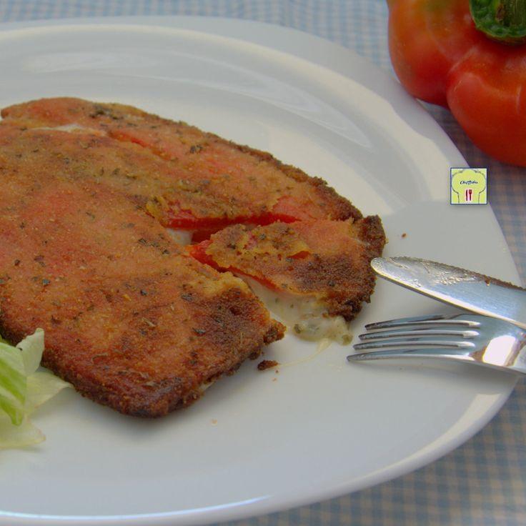 Le cotolette di peperoni ripiene sono un secondo sfizioso, con una ricetta facile da preparare, assolutamente da provare