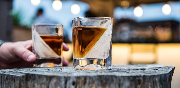 Last-minute gifts for Father's Day: Corkcicle's Whiskey Wedges turn your ice into a work of art.