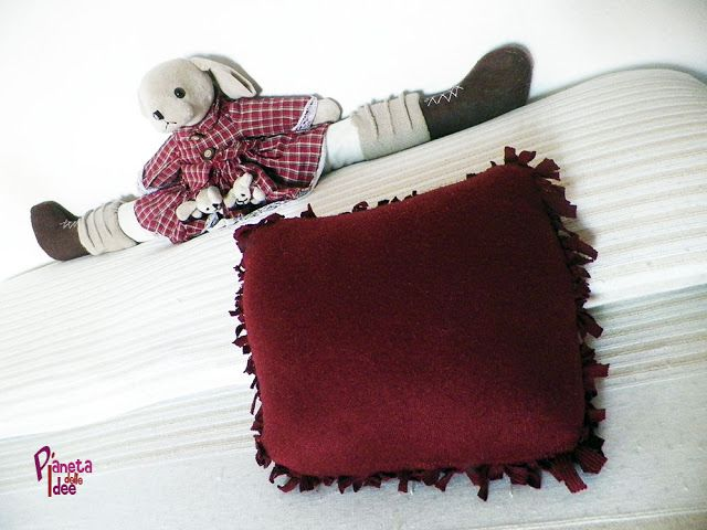 Come fare un Cuscino fai da te senza ago e filo! | Pianeta delle Idee