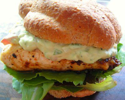 Fish Burgers with Avocado SauceAbsolute Amazing, Fish Patti, Burgers Recipe, Fish Burgers, Fish Steak, Avocado Sauces, Adorable Them So, Them So Yummy, Mmmmmm These Burgers