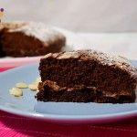 Torta al Cacao con Mandorle e Nutella, ricetta dolce