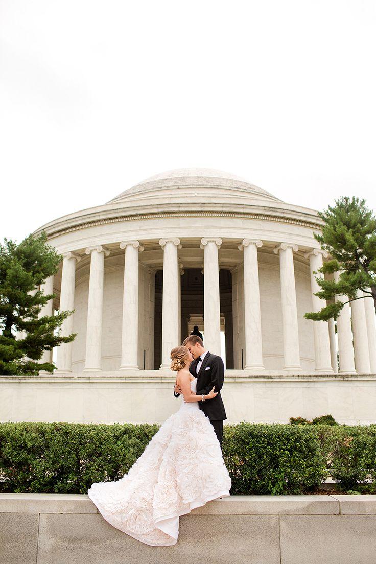 20 Amazing Places for Wedding Photos in Washington, DC | Engagement Photos | Washingtonian Bride & Groom