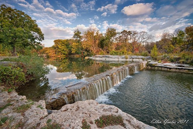 Another view of one of our most popular locations on Brushy Creek in Round Rock. @DazzlingLightPhoto