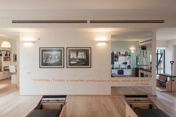 Michals Pilatis Studio contemporary home gym