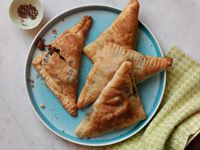 Beef Empanadas - Healthy Recipe Finder | Prevention: These were easy and tasty. Could use a variety of pre-made doughs with different fillings.