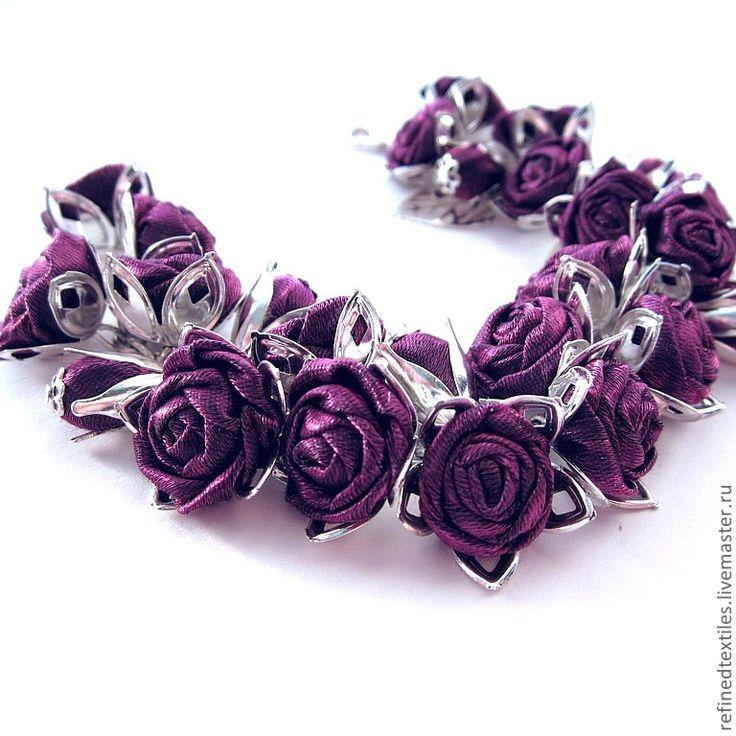 Браслеты ручной работы. Ярмарка Мастеров - ручная работа Фиолетовые розы. Браслет с цветами из ткани.. Handmade.