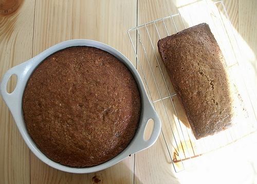 milk and honey cake -- looks yummy