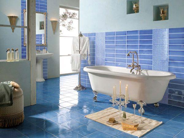 bathroom-in-blue голубой,синий