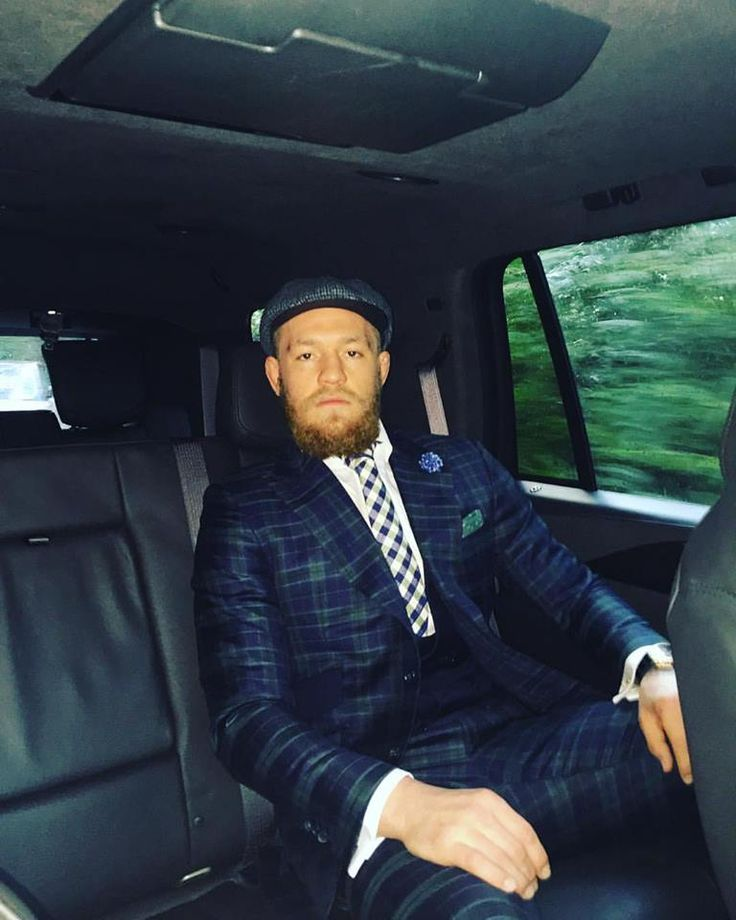 UFC Betting Odds: Conor McGregor opens as favorite ahead of expected rematch against Nate Diaz - http://www.sportsrageous.com/popular-new/ufc-betting-odds-conor-mcgregor-opens-as-favorite-ahead-of-expected-rematch-against-nate-diaz/13923/