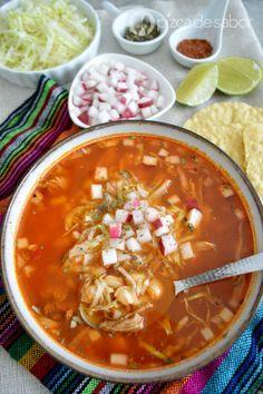 Pozole rojo o pozole de puerco www.pizcadesabor.com