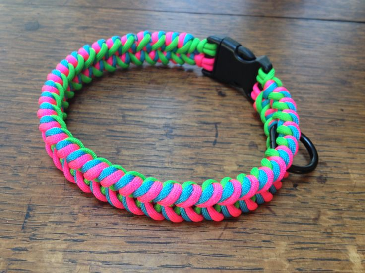 Paracord dog collar neon pink turquoise neon green by for Paracord leash instructions
