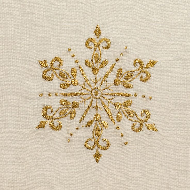 Snowflake Gold Ivory<br>Hand Towel - Ivory Linen