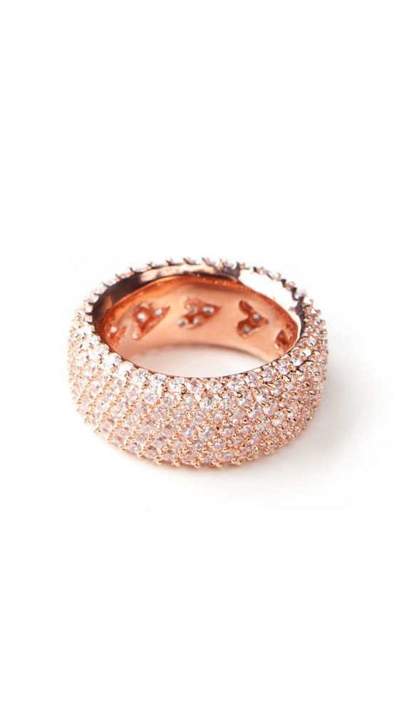 Gorgeous, pretty rose gold and diamond ring ~ Colette Le Mason @}-,-;---