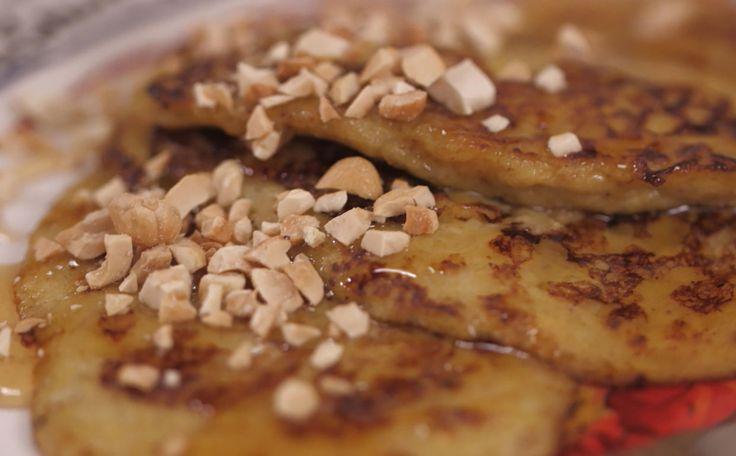 Como fazer panqueca de banana - Na massa, só banana, ovos e um pouquinho de fermento, nada de farinha!