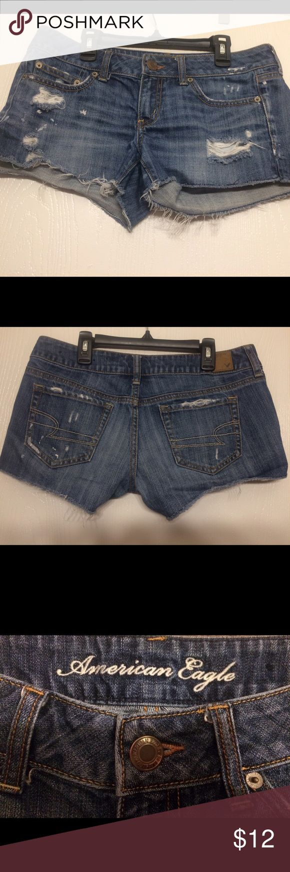 American Eagle Jean cutoff shorts AE cutoff jean shorts. 1 inch cut slits up the sides. In good condition. The tag says size 6, but I'm a size 4 in most jeans and these fit me great. American Eagle Outfitters Shorts Jean Shorts