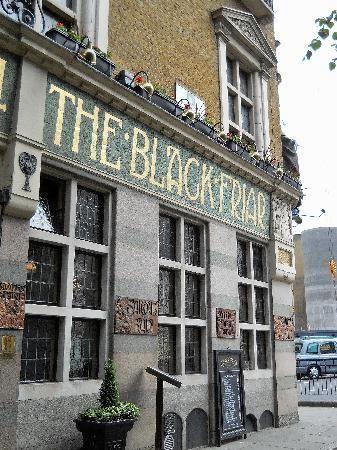 The Blackfriar - Old Pub!!