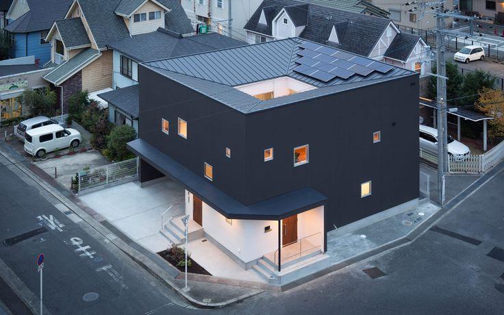 中庭につながる二世帯住宅の外構(中庭・坪庭)2