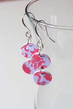 Make your own earrings out of paper! This looks super easy and they look great!
