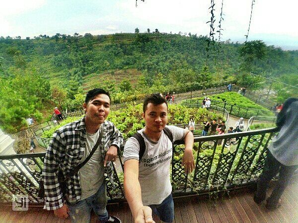 #mytripmyadventure with my buddy #farmhouse #instatravel #xiaomiyi #gopro #bandung #instawelfie #instaholiday #instapic #instagramers #mtma #indonesia #littleplanet #like4like #thanks4like by galihherlambang_