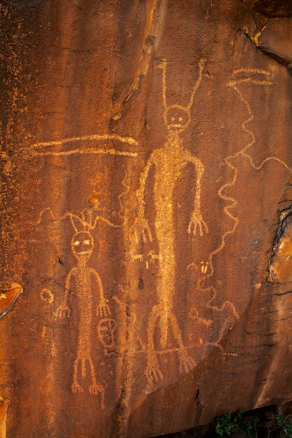 Ancient Aliens - ancient drawings in a cave...aliens?