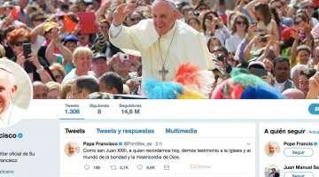 Éxito del Papa en Twitter: Alcanza los 40 millones de seguidores 11/10/2017 - 08:55 am .- El Papa Francisco ha llegado ya a 40 millones de seguidores en el conjunto de sus cuentas de Twitter en 9 idiomas. Así lo hizo saber la Secretaría para la Comunicación del Vaticano pocas semanas antes del quinto aniversario de la apertura de la cuenta papal, que comenzó con Benedicto XVI el 12 de diciembre de 2012.