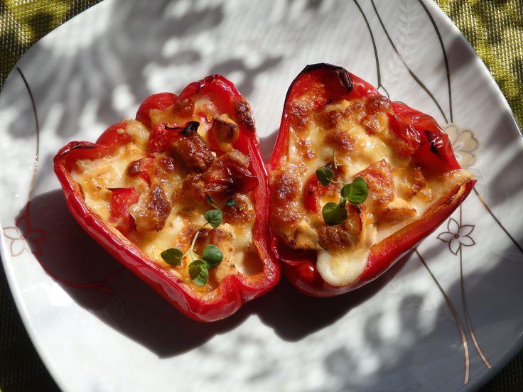 Papryka faszerowana kurczakiem i mozzarellą