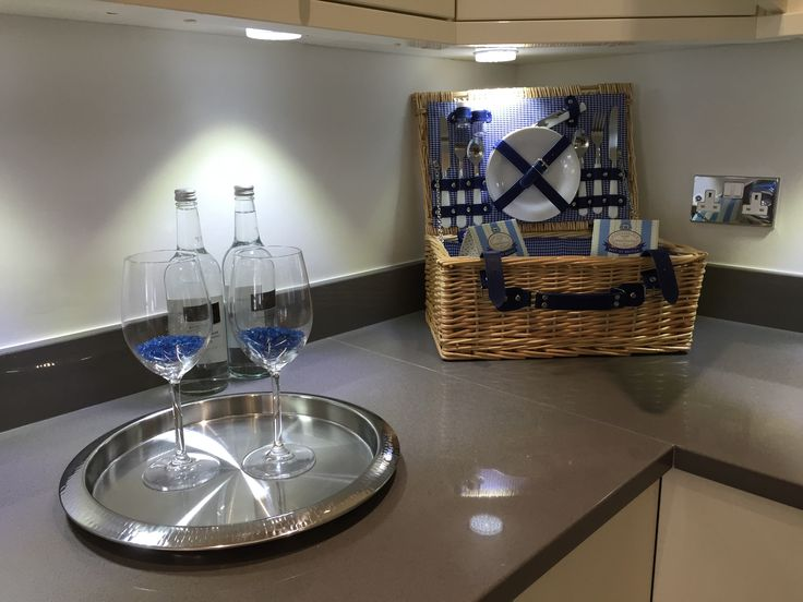 Some luxury seaside apartments cleaned by the lovely Magda and her team. A very charming modern kitchen. The picnic hamper is a nice touch #picnic #nautical