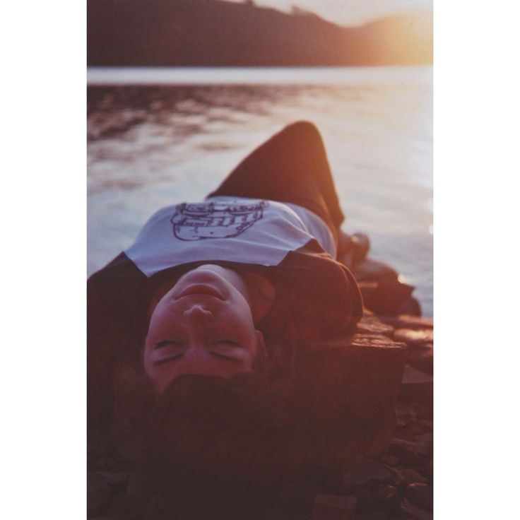 Charcoal Beardy baseball shirt + Sunset on 35mm