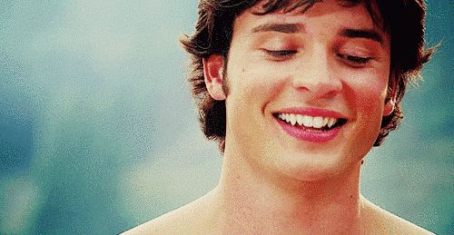 "His smile is the equivalent of a rainbow at sunrise. | 23 Reasons Clark Kent From ""Smallville"" Is A Super Babe"