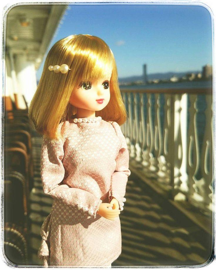 """""""秋の陽射しが気持ちいい♪ . LC横浜でお迎えしたリカさま。気品のある子です。 . #滋賀 #琵琶湖 #ミシガンクルーズ  #旅行 #traveling  #リカちゃん #licca #doll"""""""