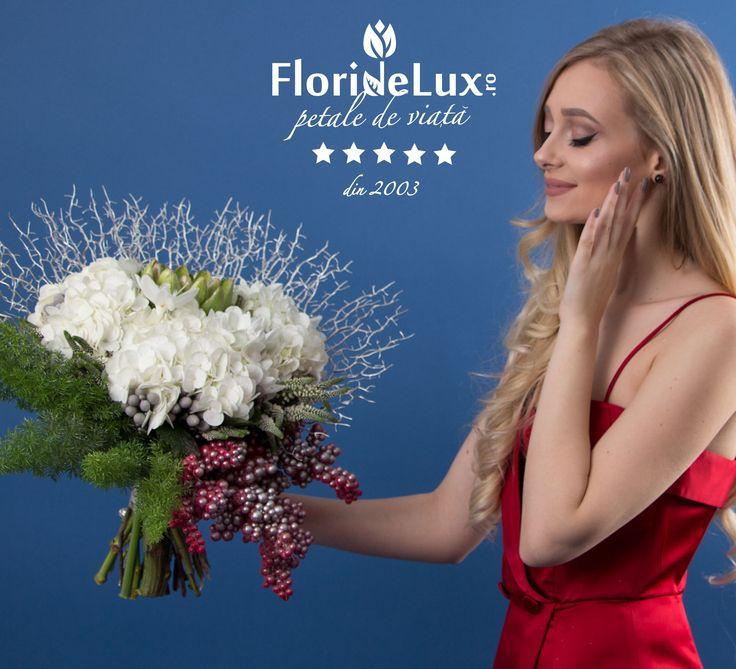 Surprinde-i pe sarbatoritii zilei cu cele mai elegante si speciale buchete de flori, aranjate fir cu fir de catre cei mai pasionati floristi din Romania! #FlorideLux livreaza astazi, comanda rapid: https://www.floridelux.ro/ Cele mai bune preturi! Livrare gratuita!