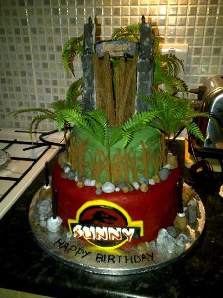 Getting Jurassic park cake ideas for my sons 4th birthday ...