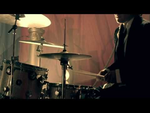 Kasabian - Where Did All the Love Go? - YouTube