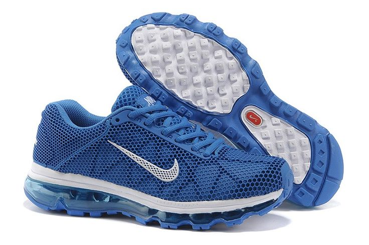 Nike air max + 2009 løbesko giver maksimal komfort og dæmpning for løberen der søger en præmie ride og pasform. Det er bedst for dem med en til neutral gangart. En fuld-længde cushlon skum mellemsål kombinerer plys polstring med fjedrende modstandskraft for komfort og beskyttelse. Fuld længde, leddelt max luft enhed giver maksimal dæmpning og giver mulighed for en blødere, mere naturlig vifte af bevægelse.Hvis du ønsker flere oplysninger om Nike Air Max, kan du læse