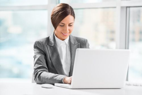 Payday Cash Loans make people to do not hesitate at times when they have many fiscal issue to solving and in need of cash. There is no compulsion forced by lender on the use of borrowed amount fetched in this advance and lender does not asking for any documentation and security so, easily apply for this aid.
