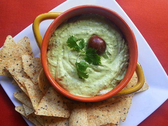 Guacamole Recipes - Ten #Guacamole Recipes | QueRicaVida.com