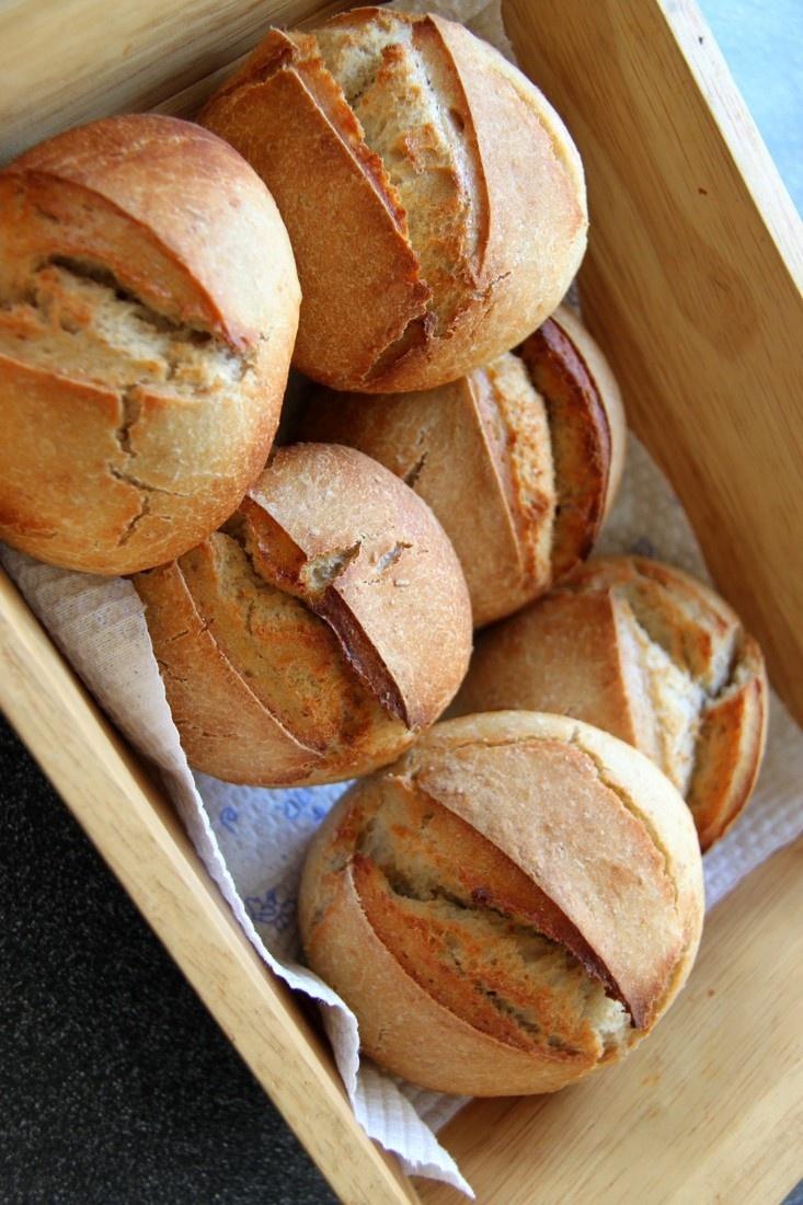 Semmeli (Swiss Bread Rolls).