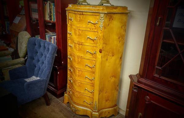 GA1038   -   Louis VIV style mahogany tallboy c1900