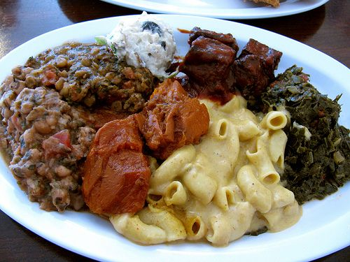 Vegan Southern Food - As Requested! XThe Everything Plate - Mac'n'Cheese, BBQ Tofu, Potato Sallad, Lentils, Peas, Collard Greens & Sweet Yams!