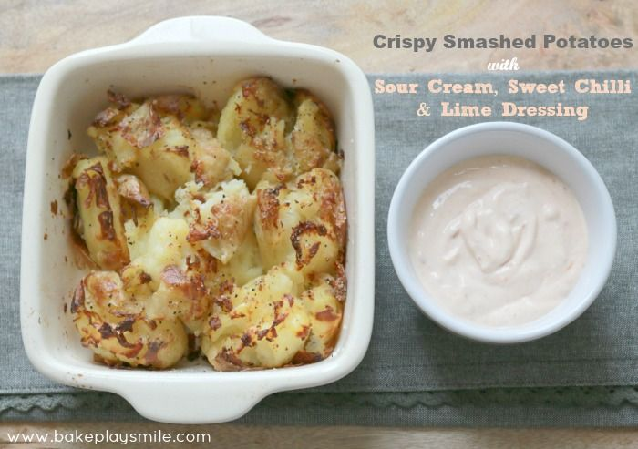 The BEST ever Crispy Smashed Potatoes... these will be gone in a flash! #crispy #smashed #potatoes http://www.bakeplaysmile.com/crispy-smashed-potatoes/
