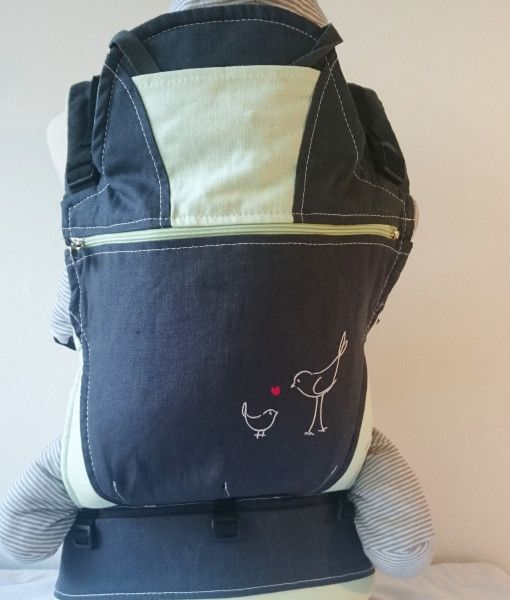 Organic charcoal and mint baby carrier
