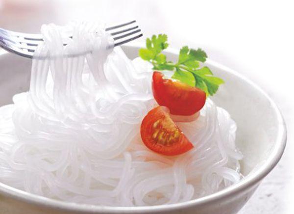 Berdiet Karbohidrat Tapi Ngidam Mie? Makan Saja Shirataki yang Rendah Kalori