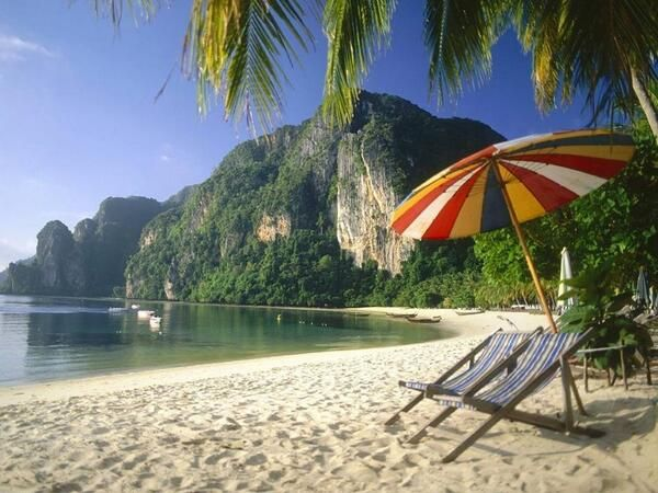 Sun bathing in seclusion - Phi Phi Islands, Thailand pic