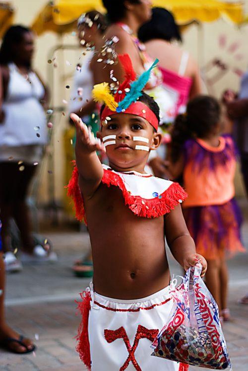 Índio com Conféti - Rio de Janeiro Carnival | Brazil