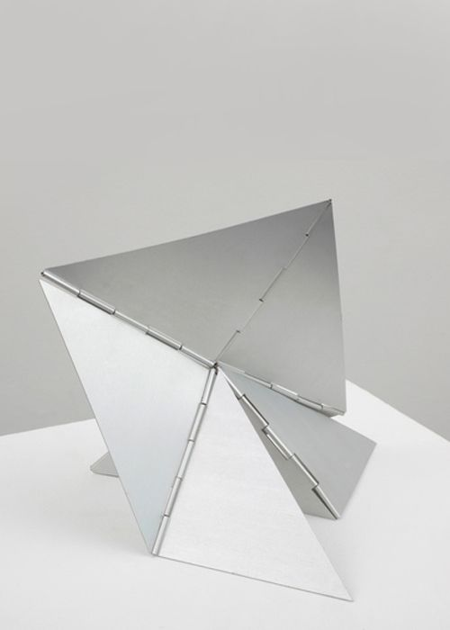 Lygia Clark - Caranguejo - 1963 (Aluminum-Variable)