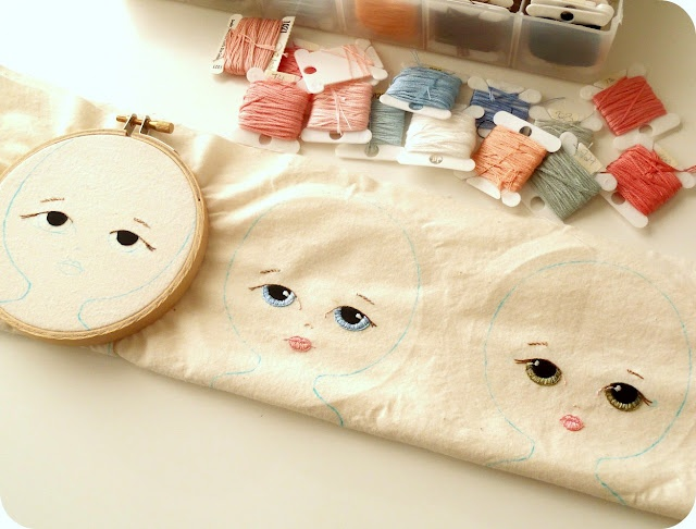 Gingermelon Dolls: January 2012...Remember to put faces in a hoop to embroider BEFORE cutting them out!