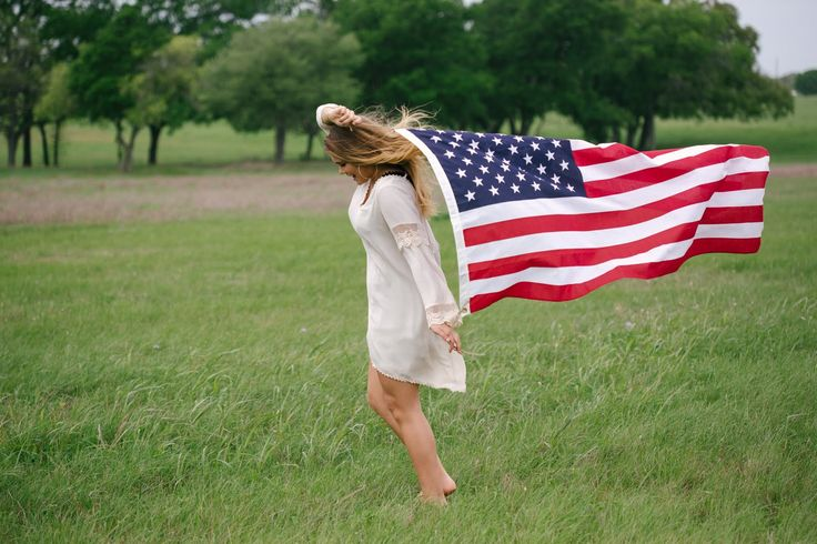 Young Woman�s Rendition Of The Star Spangled Banner Is A Touching Memorial Day Tribute
